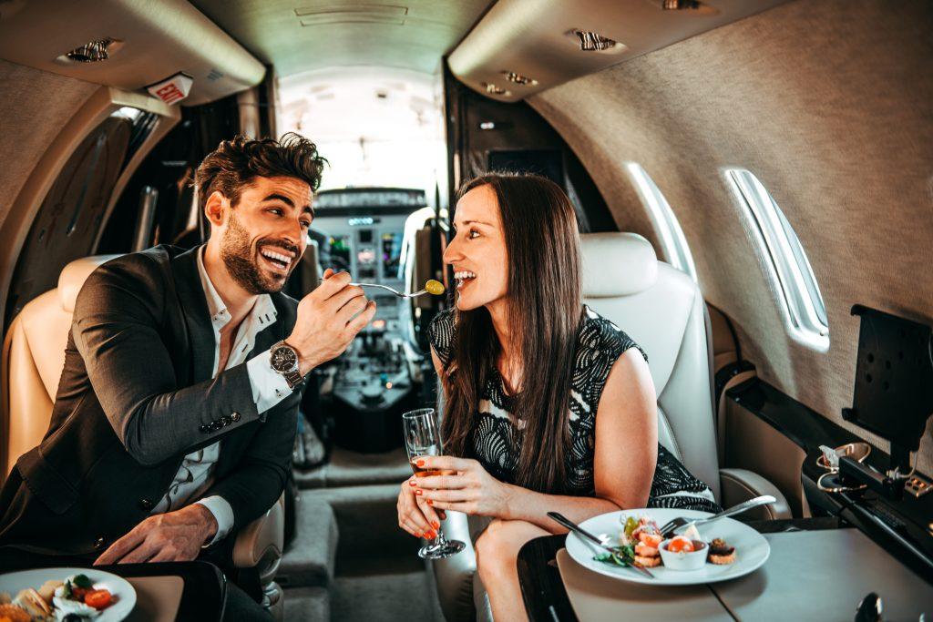 ¿Cuál es el menú en un vuelo con Private Jet Charter?